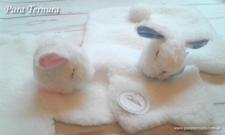 Guarda pijamitas de bebes hermosas y suaves ovejitas