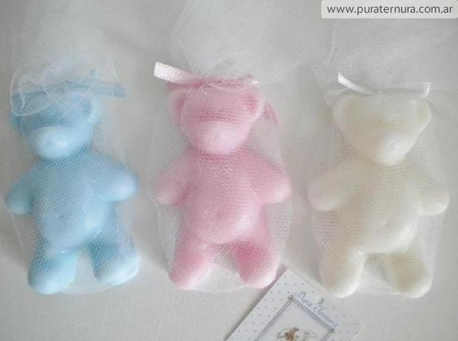 Ositos de jabón perfumado. Ideal para perfumar el roperito del bebe.
